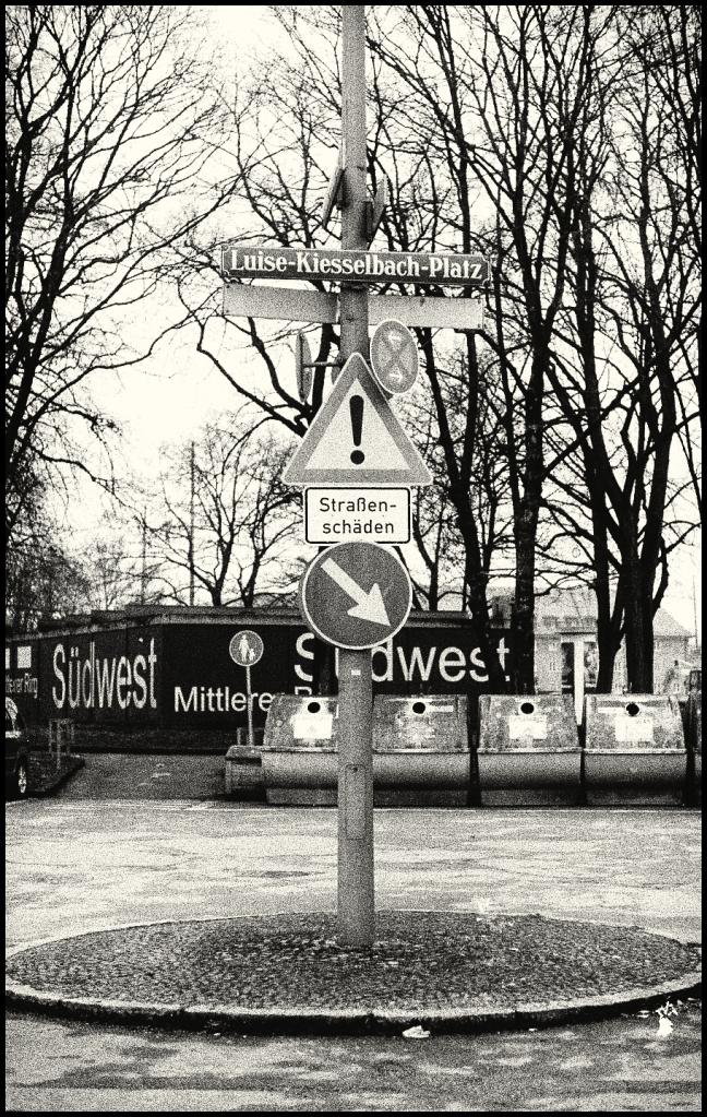 Luise-Kiesselbach-Platz_o-o1